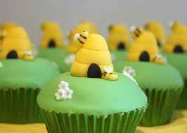 bumble bee cupcakes bumble bee hive cupcakes