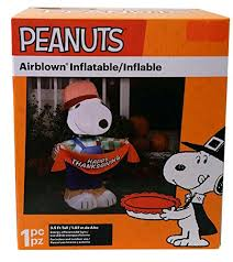 airblown inflatables peanuts thanksgiving snoopy holding happy