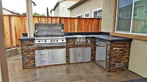 outdoor island kitchen 7 mistakes to avoid when building your outdoor kitchen