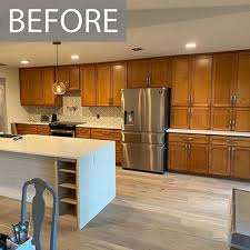 gray walls with stained kitchen cabinets kitchen painting projects before and after paper moon painting