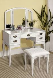 Mirrored Vanity Table Furniture Of America Vanity Table In White Finish Ashland