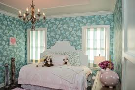 Pink Girls Bedroom Pink Girls Room With Heather Gray Tufted Daybed And Olivia The Pig