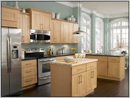 Kitchen Colors With Oak Cabinets And Black Countertops The 25 Best Updating Oak Cabinets Ideas On Pinterest Painting