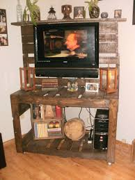 Pallet Furniture Ideas Easy Diy Pallet Entertainment Center By Kleman Kreations