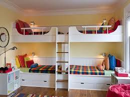 la chambre pr lits superposés 4 enfants 4 enfants chambre à coucher décor