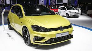 Golf R Usa Release Date Vw Quietly Debuted Its Golf R Performance Package In Geneva