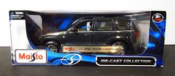 dark green jeep 1 18 scale u2013 dark green jeep grand cherokee u2013 leonor collectibles