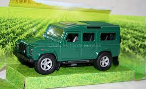 land rover green teamsterz die cast green land rover defender 110 1 43 scale model