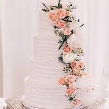 wedding cake flower wedding cakes with cascading flowers