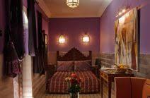 schlafzimmer in dunkellila schön lavendel wandfarbe lavendeltöne als schöner wohnen