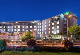hotel in new kingston jamaica courtyard kingston jamaica