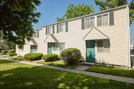columbia square townhome apartments in columbia missouri the