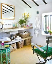 themed bathroom ideas hawaiian themed bathroombest tropical bathrooms images on tropical