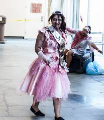 prom queen bloody disgusting