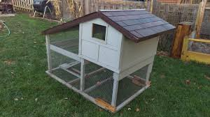 how to build a back yard chicken coop