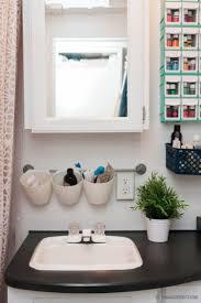 6 Brilliant Bathroom Hacks by Best 25 Toothbrush Storage Ideas On Pinterest House