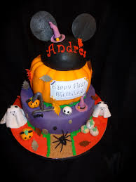 Halloween Decorations For Cakes by Mickey Mouse Halloween Cake Holidays Halloween Pinterest