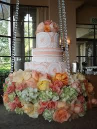 hanging chandelier wedding cake at april u0027s wipa wedding industry