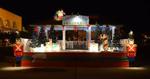 christmas lights eastern nc 10 best christmas towns in north carolina in 2016