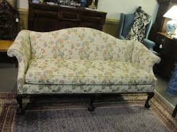 Camel Back Settee A Windsor Smith Revival U2026camel Back And Sheraton Style Sofas
