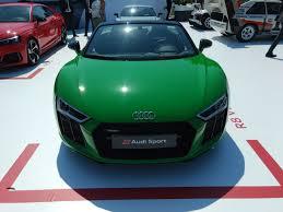 Audi R8 Green - audi r8 v10 plus spyder stuns in unique shade of green autoguide
