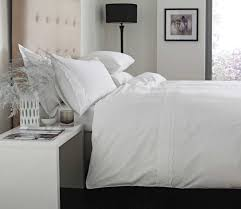 White Cotton Duvet Cover King Bedroom Traditional Bed With Curvy Headboard Completed With