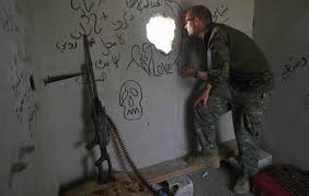 us british volunteer fighters in forward role in is battle