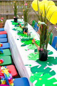 jungle theme birthday party best 25 jungle party ideas on jungle party