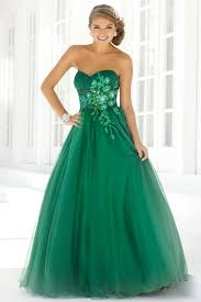 how to choose suitable style of green prom dresses 24 dressi