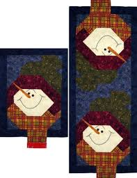 let it snow table runner quilt pattern snow patterns and snowman