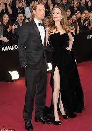 Angelina Leg Meme - oscars 2012 angelina jolie s right leg attracts attention mocking