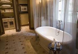 How To Make A Small Bathroom Look Larger Three Ways Tile Can Make Your Room Look Larger