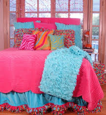 Tween Bedroom Sets by Beautiful Bedding Set My Daughter Would Die For But Not For The