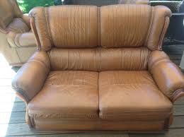 canapé 2 places marron donne canapé 2 places et 2 fauteuils cuir marron gratuit 64100