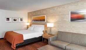 Sofa Bed San Antonio Hotel Rooms In San Antonio Texas Holiday Inn Downtown