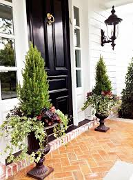 Front Door Planters by 3 New Ways To Add Fall Style To Your Front Porch High Gloss Urn