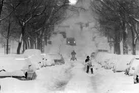 Halloween Usa Fort Wayne Indiana 25 Photos That Perfectly Capture The Halloween Blizzard Of 1991