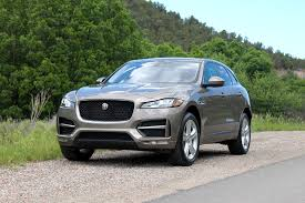jaguar jeep 2017 jaguar f pace first drive digital trends