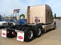 paccar truck sales 2017 peterbilt 579