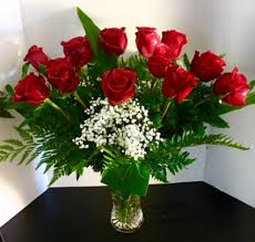 valentines roses beautiful dozen roses on limited glass vase in reno nv