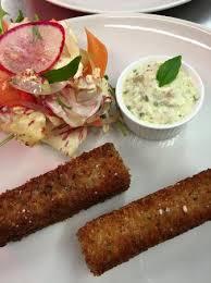 cuisiner une tete de veau tête de veau panée sauce gribiche et salade croquante picture of