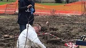 tralicci per ricanti bimbo e adolescente morti in un casolare trovati i resti dei