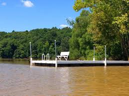 kayaks dock peaceful setting covered wraparound deck easy access