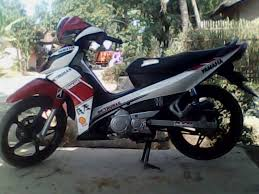 modif jupiter z hitam striping ala aprilia rsv4 motoblast bz cutting sticker IMG0639A