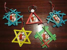 ornament picture frames using popsicle sticks