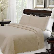 Taupe Coverlet Taupe Majestic Coverlet And Sham At The Trendy Bed