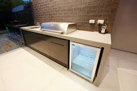 Outdoor Kitchen With Counter Wrapping Around Modular Cabinets To - Outdoor kitchen cabinets polymer