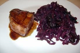 comment cuisiner du chou recette magrets de canard chou pruneaux cuisinez magrets de