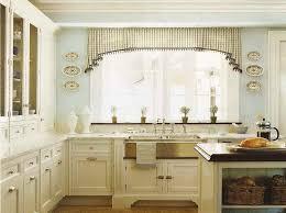tende con mantovana per cucina idee tende per la cucina fotogallery donnaclick