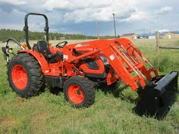 45hp compact tractor dk4510 with loader and rear blade